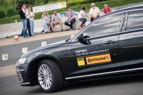 Continental ist Ihr vertrauensvoller Ansprechpartner wenn es um die richtige Reifenbefüllung geht.